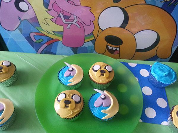 Adventure Time | Jake and Lady Rainicorn Cupcakes